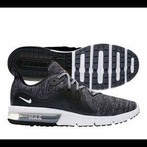 Men's Nike Air Max Sequent 3 Trainers BLK & White